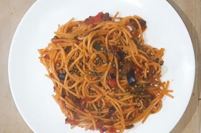 hoofdgerechten pasta hoofdgerechten vis puttanesca