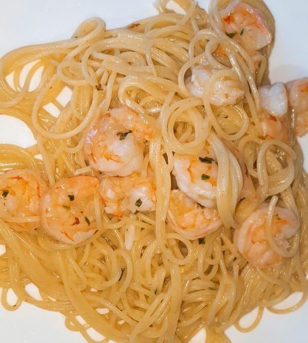 Spaghettini met garnalen, knoflook en citroen
