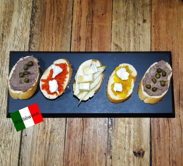 5 x crostini met heerlijke smeersels