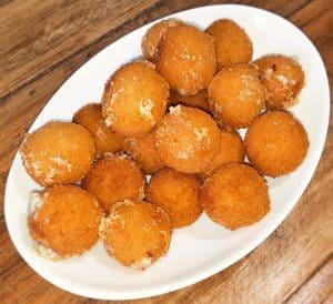 Kaas/boursin bitterballen