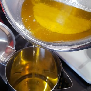 zelf maken geklaarde boter