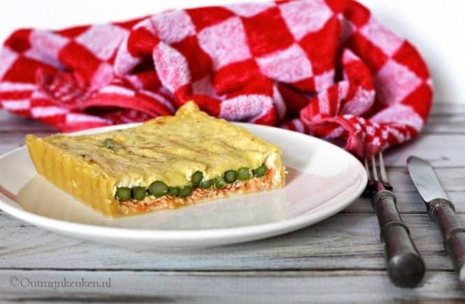 Quiche met zalm en groene asperges