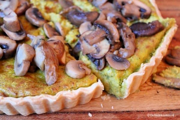 Pompoentaart met gebakken paddenstoelen