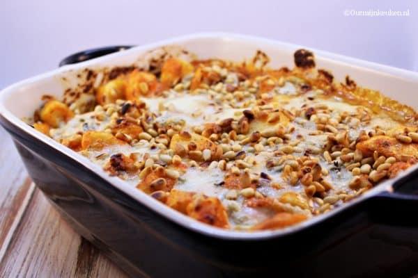 gnocchi met paprikasaus en gorgonzola