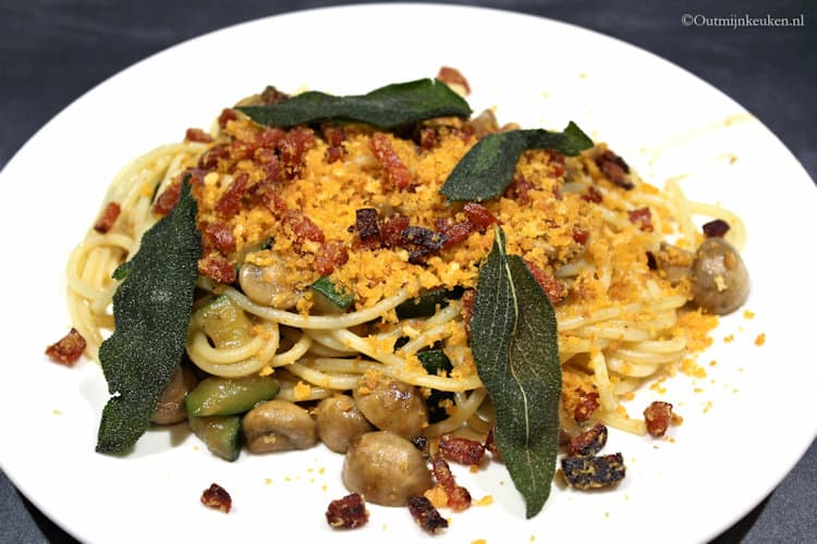 pasta met champignons, salie en chorizo kruim 1