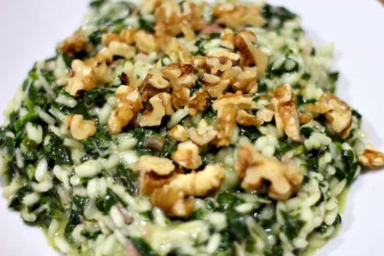 risotto met spinazie en walnoten