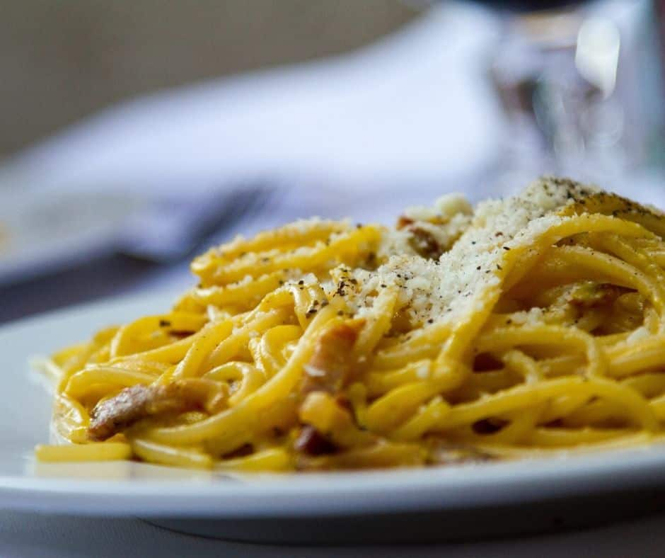 Traditionele pasta carbonara